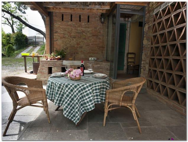 "Nature Tuscan farmhouse""Il fienile"""