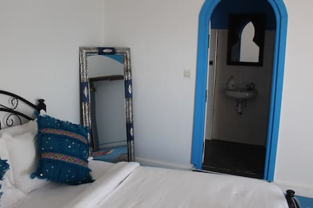 Surf & Yoga Villa | Double room w. bathroom