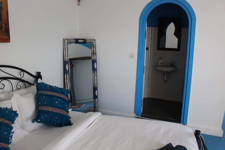 Surf & Yoga Villa | Double room w. bathroom