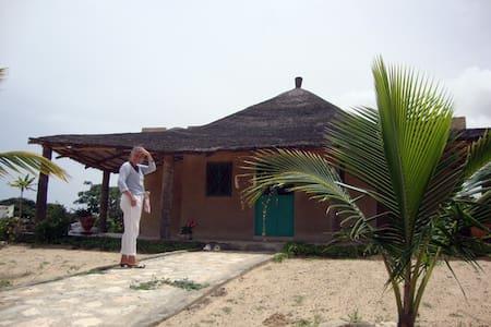 Keur Limao - La maison des citrons - Mboro - House