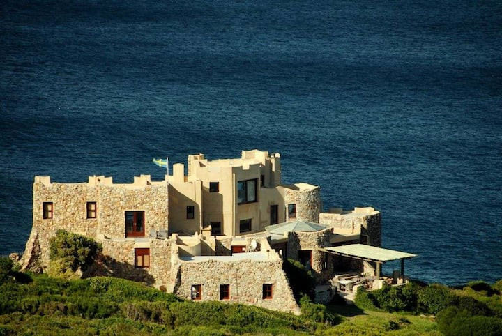 Vygekraal Castle Private Villa on Ocean Cliff