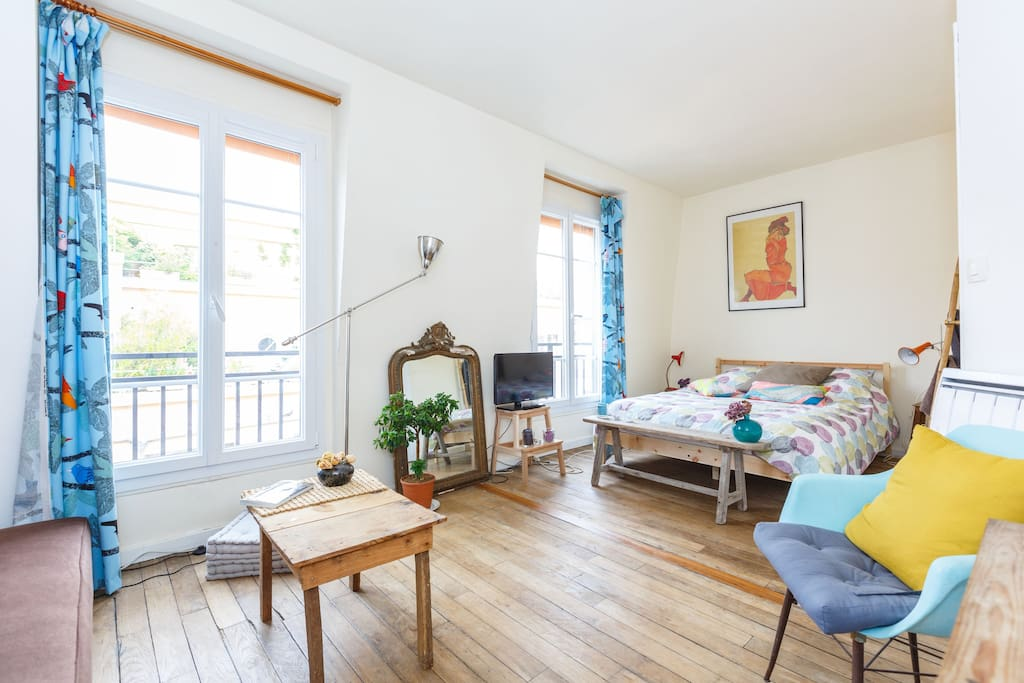 Sunny apt near the eiffel tower apartments for rent in Eiffel tower secret room