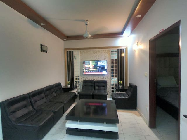 1 Private Bed-Stayflix Badar Commercial+Kitchen