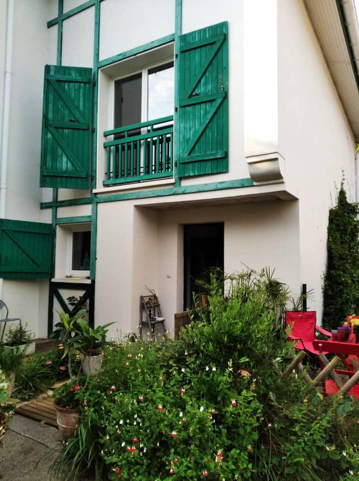 Bidart : Maison équipée - 6 places - proche plage