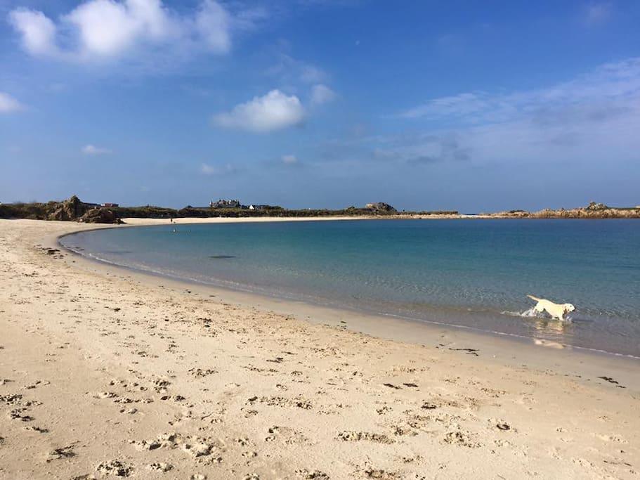 Port Soif Beach 500m away
