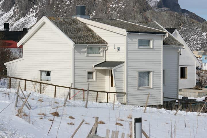 Værøy i Lofoten ,Oldemorhuset