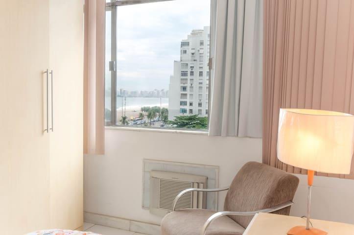Entire Place in Copacabana Id(58) - Rio de Janeiro - Apartamento