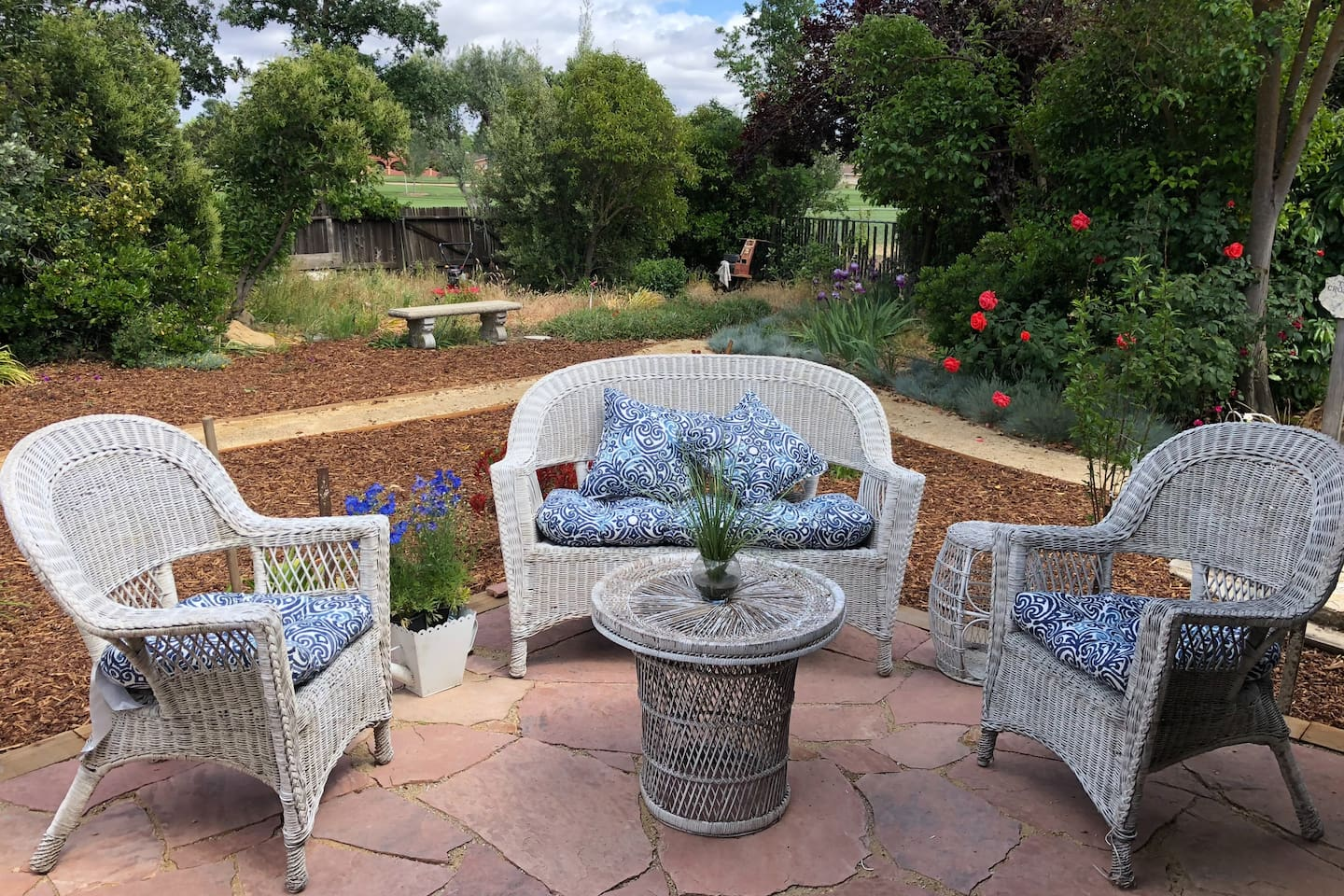 The private rooms are located in a beautiful setting with multiple patios and garden seating areas. This wine country getaway is peaceful and surrounded by a lush golf course.