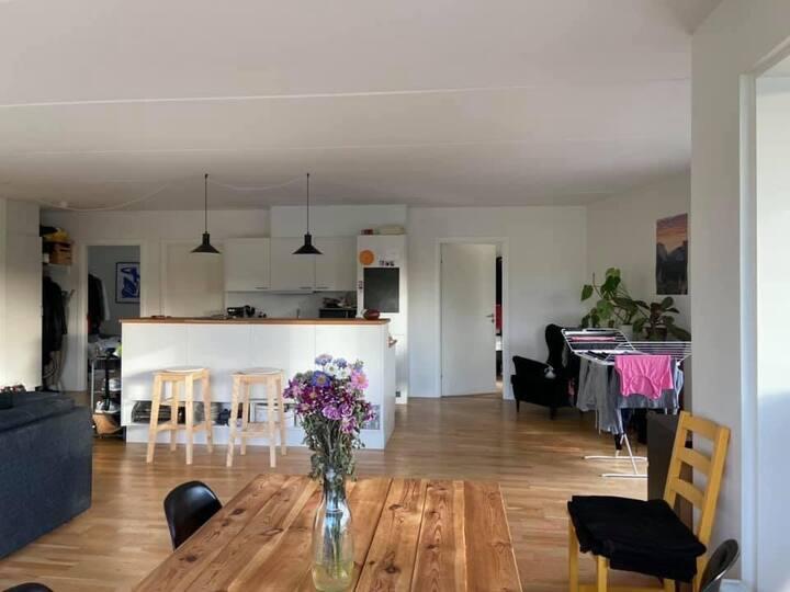 Værelse på 8 kvadratmeter i København K