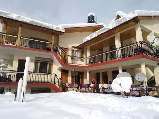 Introducing beautiful stay in Old Manali. 303