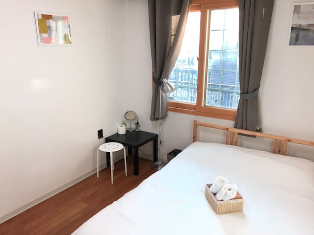 Cozy & Clean Private Room[2] w/5mins from Itaewon.