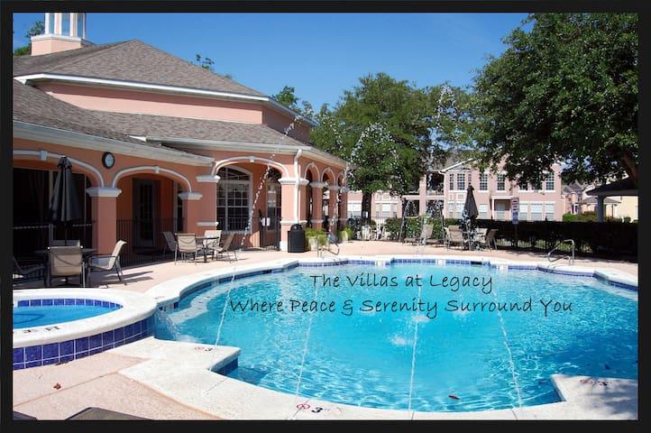 *NO GUEST SERVICE FEE* Legacy Villa 0704