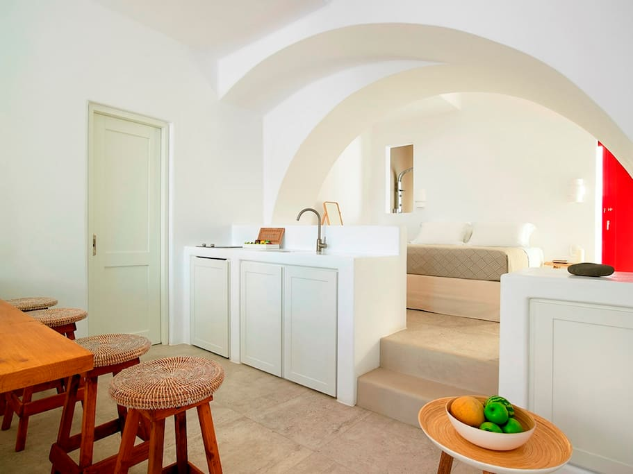 Cycladic architecture, kitchen and bedroom