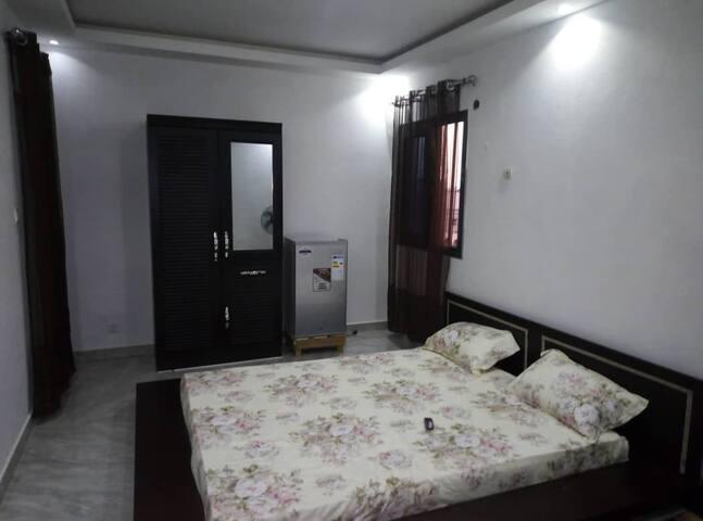 Charmante chambre entièrement meublée et équipée
