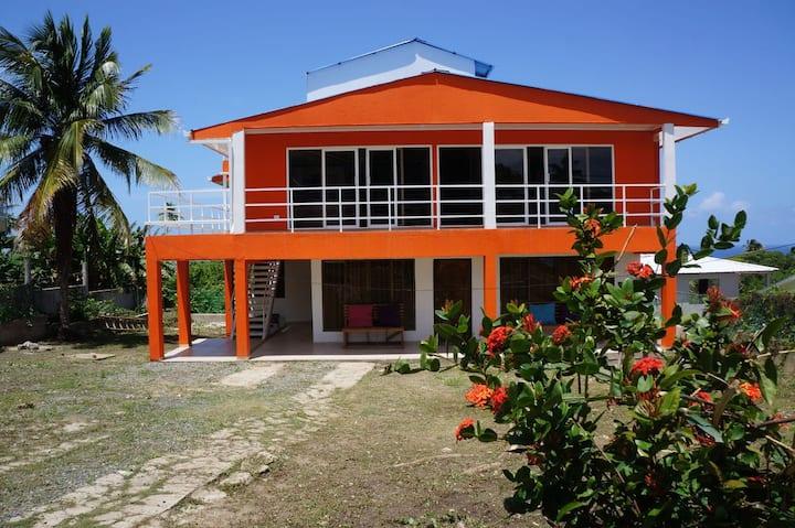 Apartamento Ejecutivo con Vista al Mar