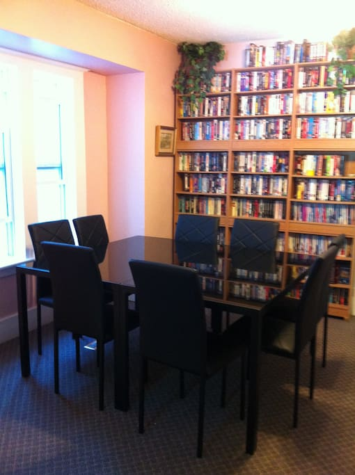 Common Area dining area (main floor)