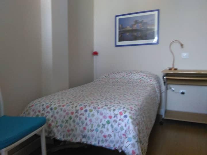 Céntrica habitación individual