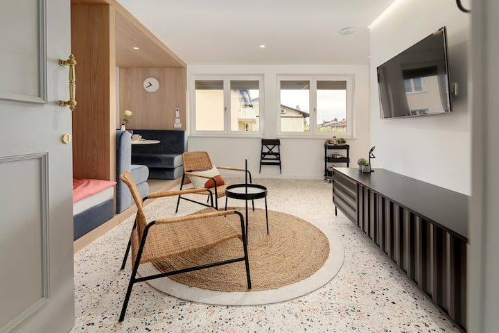 Studio Terrazzo*NEW*Nice walk to the city center