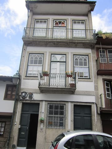 Hostel Prime Guimaraes - Guimarães - Bed & Breakfast