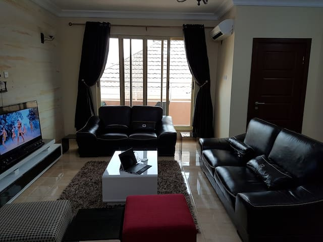 Luxury 2 Bedroom with Office/Study - Lagos Island - Daire