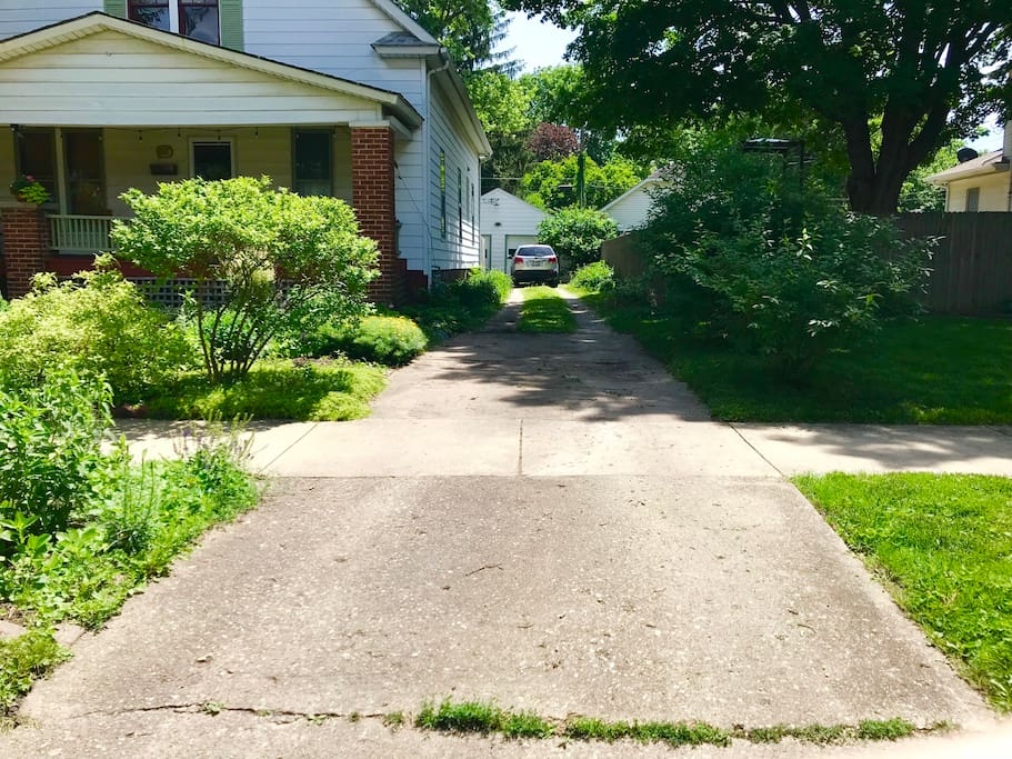 Long driveway with off street parking for 5 cars