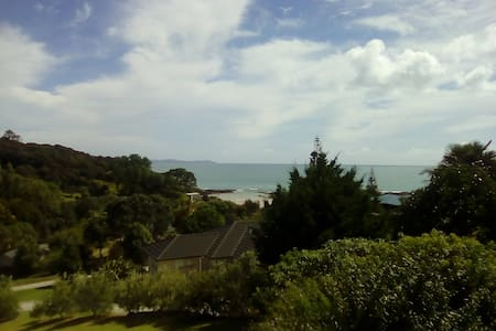 Beach Home with A family Host , Far norh NZ - Cable Bay