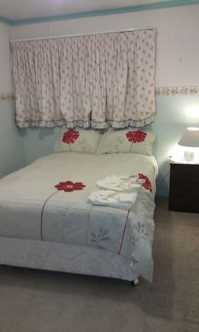 Double room - Central Belconnen  - McKellar - Bed & Breakfast