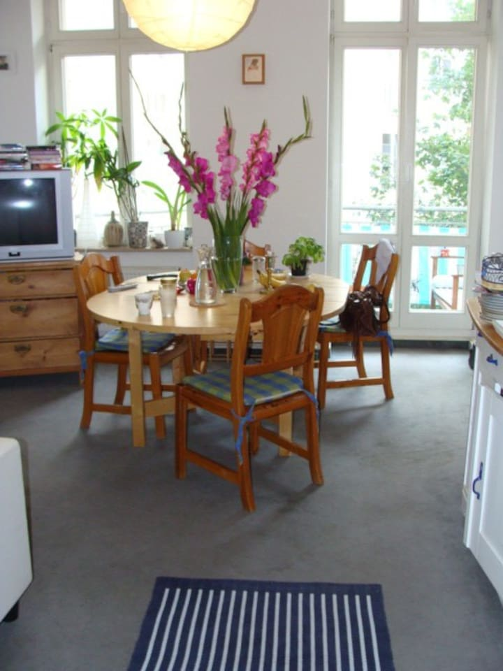 Shared kitchen with living room