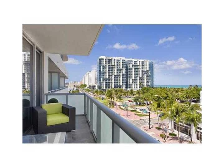 Luxury 1 Bedroom across from Setai & W South Beach