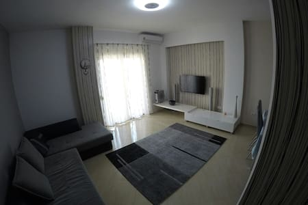 Apartment in Durres center AC/Wi-Fi - Durrës - Appartement