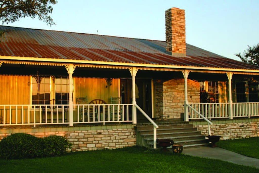 Rancho del sol lodge ranch casas en alquiler en for Texas ranch piani casa con portici