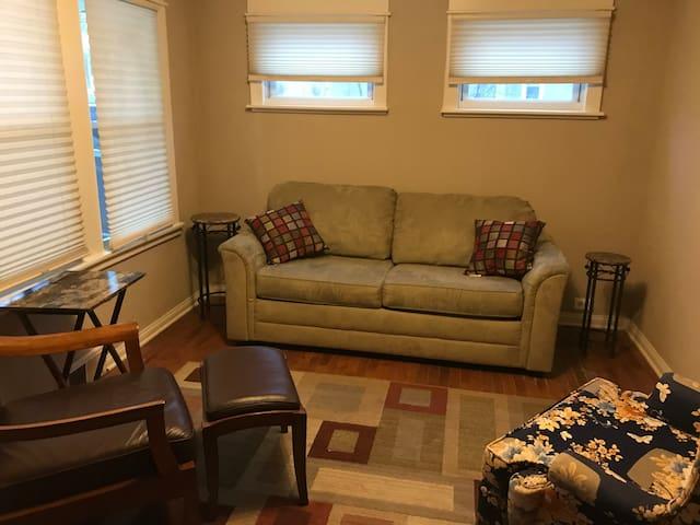 Hannah House - Entire Home - Buffalo - has it all