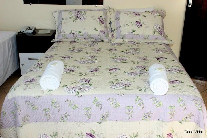 Apartamento 03 em Hotel.
