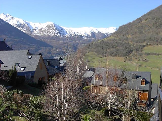 Maison individuelle en habitat groupe vue dégagée - Viella - Dom