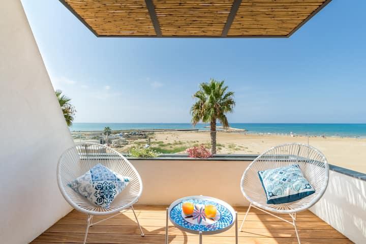 Medea, appartement à seulement 20 m de la plage