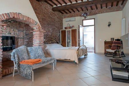 Taverna rustica in Toscana
