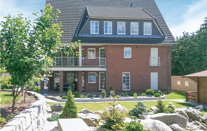 Stunning home in Lauenburg with 2 Bedrooms and WiFi