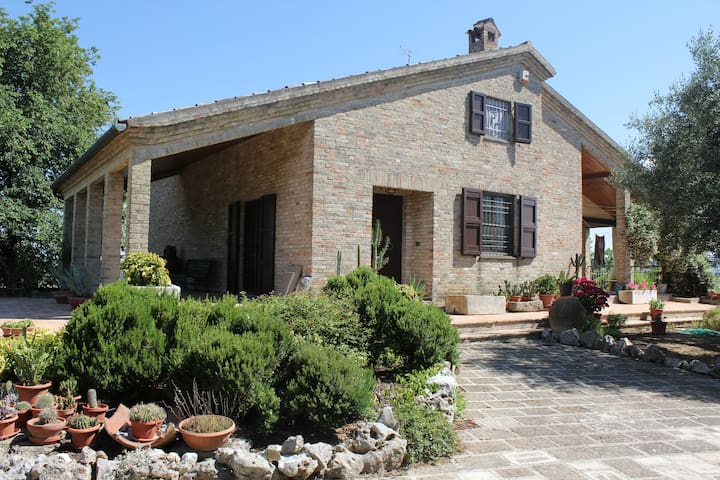 Lovely Attic in Marche region - Castelfidardo - Daire