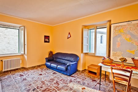 House in Medioeval Village sleeps 8 - Lanciano - Дом