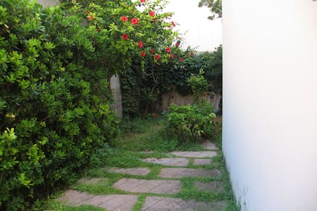 House 50m from the sea with garden - Scoglitti