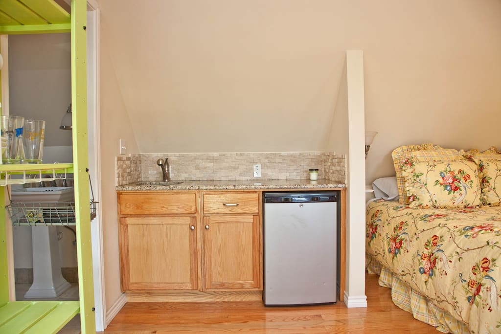 Kitchenette has everything you need: microwave, mini-fridge, dishes, and coffee maker.