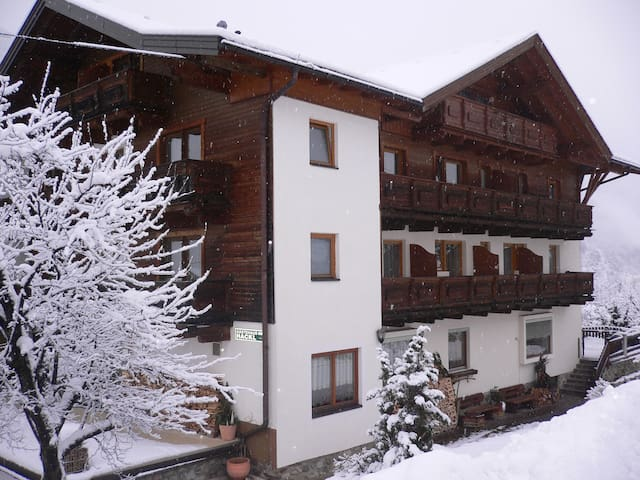 ***Gästehaus Hackl Sautens/Ötztal - Imst District - Szoba reggelivel