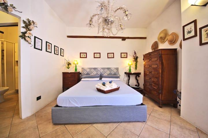 siena-monteriggioni romantik room