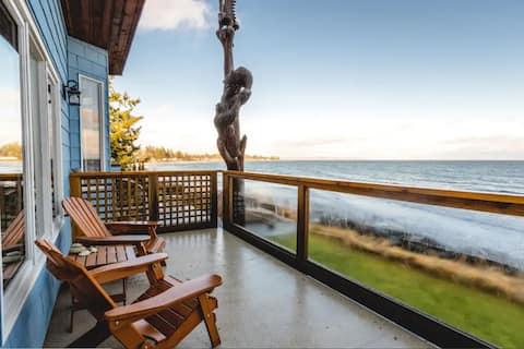 Waterfront West Coast Suite
