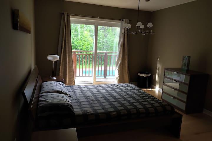 Bedroom 1, Master bedroom with a en suite