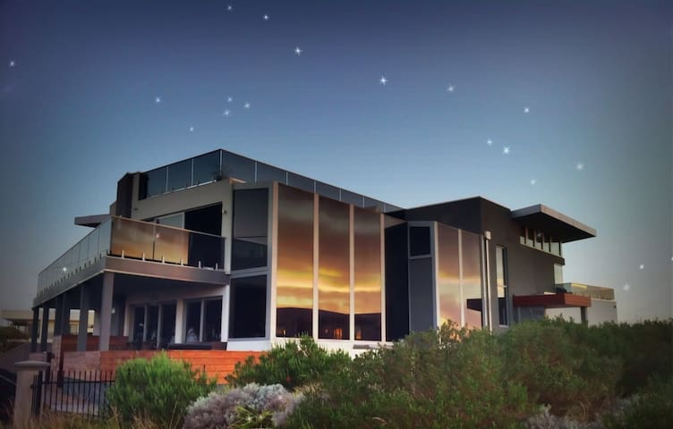 Starhaven Retreat, a Grand Design - Indented Head - Szoba reggelivel