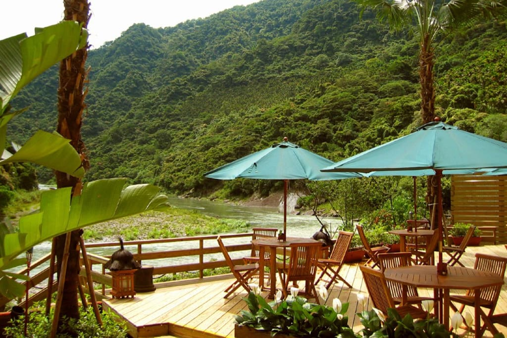 碧逸景觀餐區