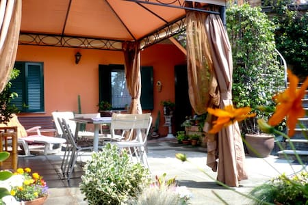 b&b in the hills of Monferrato/Lang - Vinchio - Bed & Breakfast