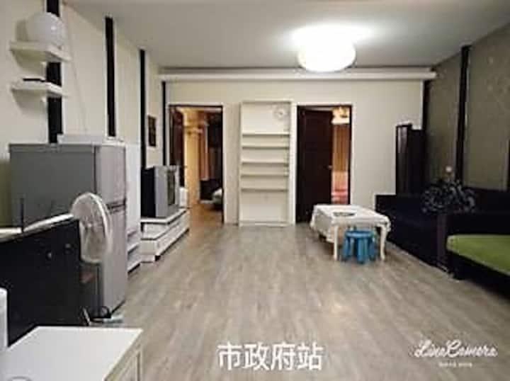 473 短期月租 一整層獨立兩房/4張床/2張雙人床 1張單人床 1張沙發床/月租/家庭房OK
