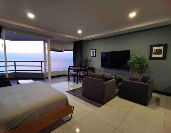One bedroom apartment with breathtaking sea view